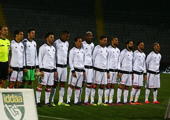 Gençlerbirliği-Beşiktaş maçından kareler 17
