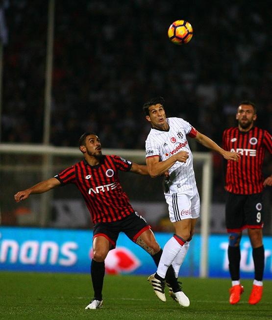 Spor yazarlarından G.Birliği-Beşiktaş maçı yorumları 11