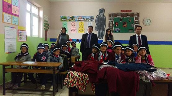 Beşiktaş'ın sıcaklığı bir köy okulunu daha ısıttı 2