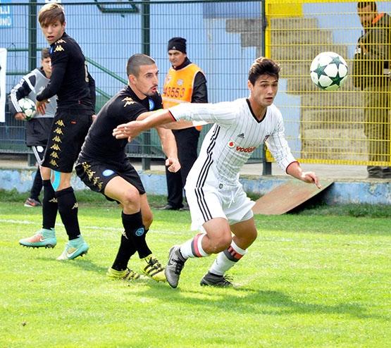 Beşiktaş - Napoli gençlik maçından kareler 3