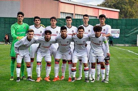 Beşiktaş - Napoli gençlik maçından kareler 8
