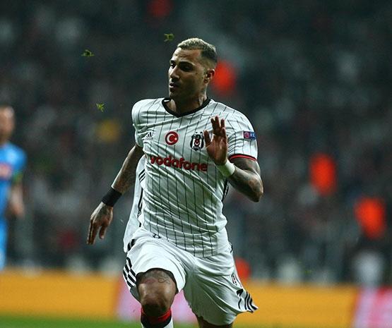 Beşiktaş - Napoli maçından kareler 10