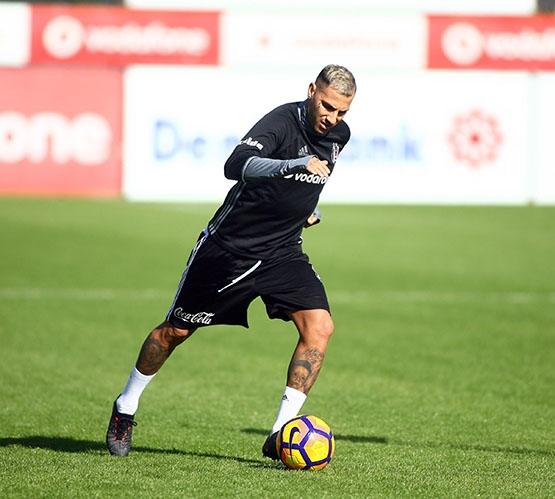 Beşiktaş Trabzonspor maçı hazırlığında... 10