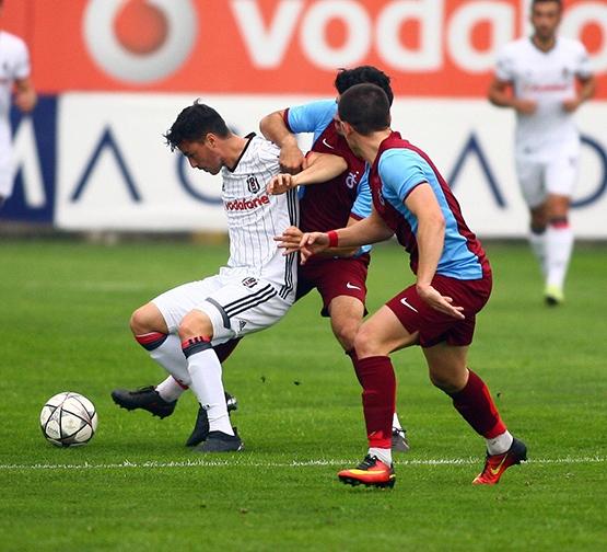 Beşiktaş - Trabzonspor (U-21) maçından kareler 10