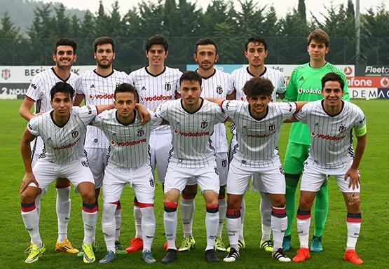 Beşiktaş - Trabzonspor (U-21) maçından kareler 14