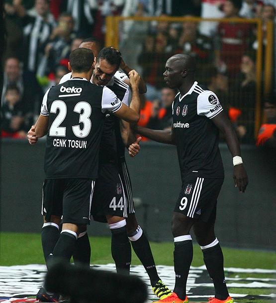 Beşiktaş-Trabzonspor maçından kareler 24