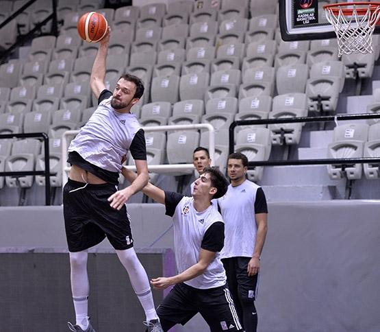 Beşiktaş Zielona Gora için hazırlıklara başladı 11