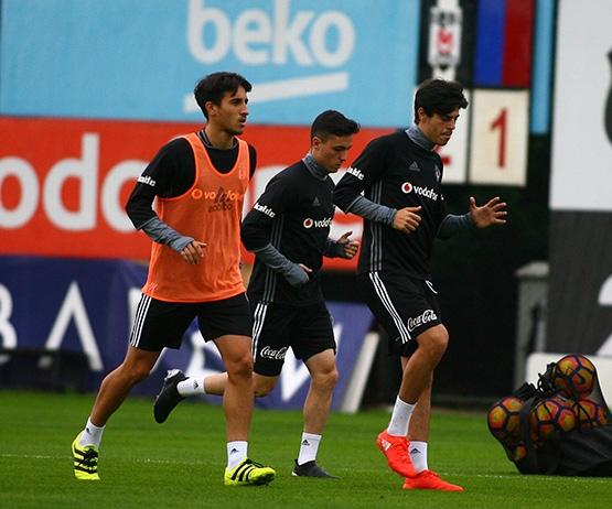 Beşiktaş'ın Adanaspor antrenmanından kareler 4