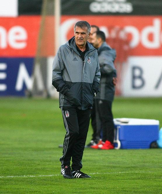 Beşiktaş akşam antrenmanından kareler 3