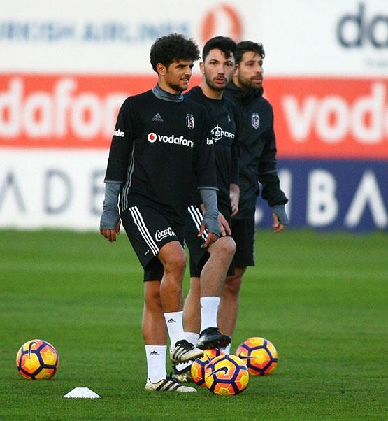Beşiktaş akşam antrenmanından kareler 7