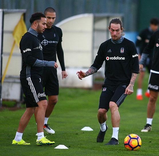Beşiktaş akşam antrenmanından kareler 8