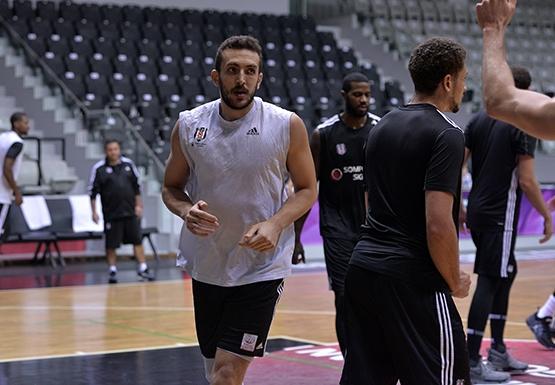 Beşiktaş'ta Darüşşafaka Doğuş maçı hazırlıkları başladı 10