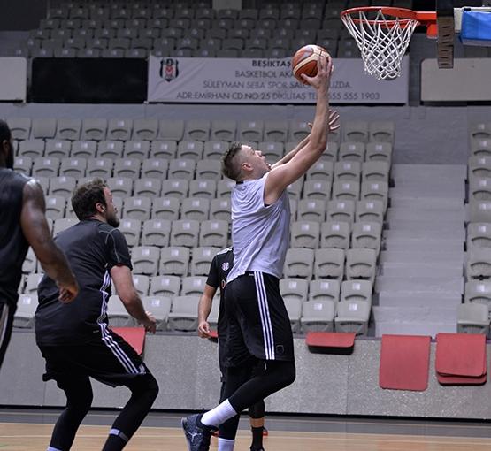 Beşiktaş'ta Darüşşafaka Doğuş maçı hazırlıkları başladı 6