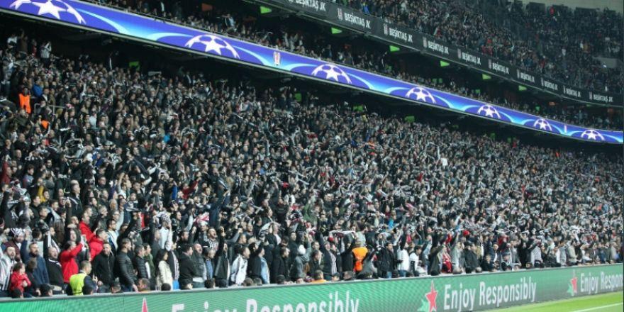 İşte Beşiktaş taraftarının görenleri hayran bırakan tribünleri (GALERİ)