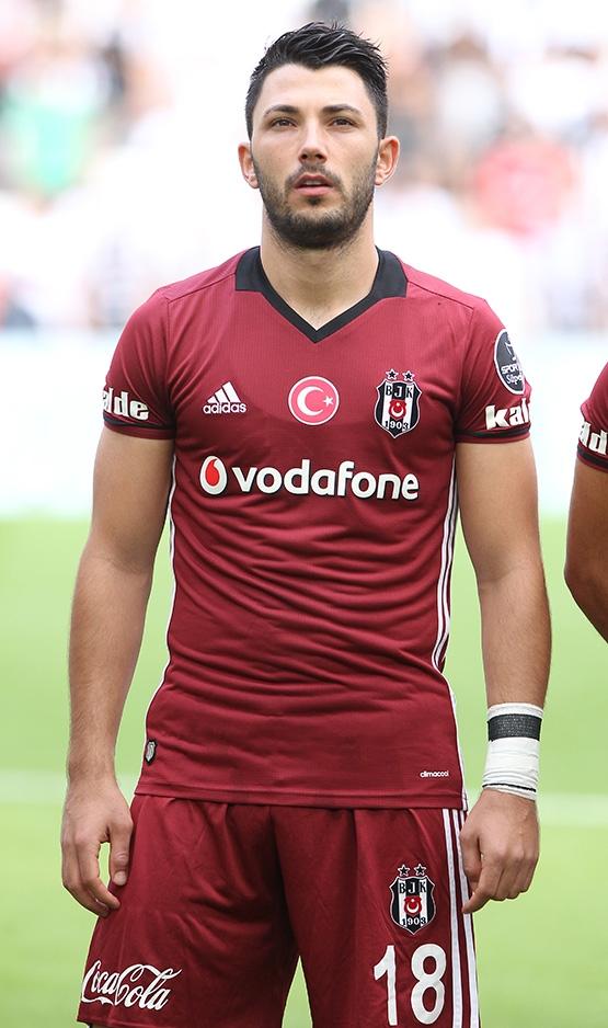 Beşiktaş Tolgay Arslan'la şartları konuşacak 2