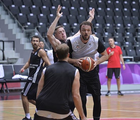 Beşiktaş Sompo Japan kampa girdi 8