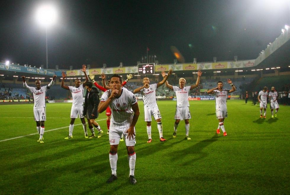 Çaykur Rizespor-Beşiktaş maçı 10
