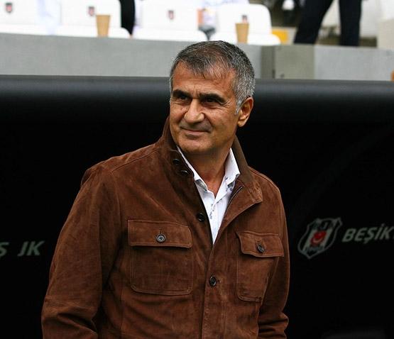 Beşiktaş-AZ Alkmaar maçından kareler 16