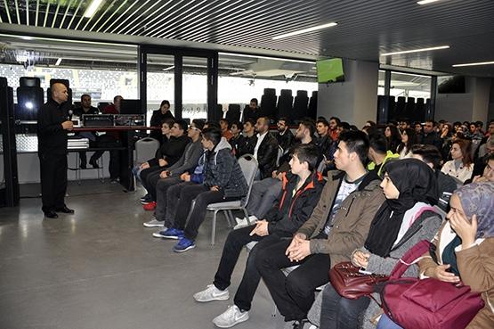 Genç mühendisler Vodafone Arena'da bir araya geldi 7