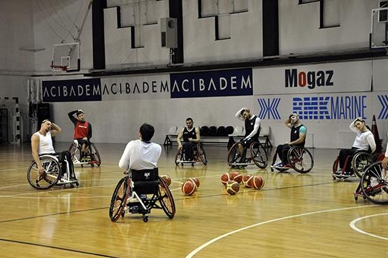 Beşiktaş'ta TSK Rehabilitasyon MSK maçı hazırlıkları sürüyor 1