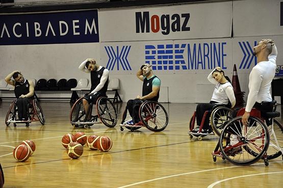 Beşiktaş'ta TSK Rehabilitasyon MSK maçı hazırlıkları sürüyor 10