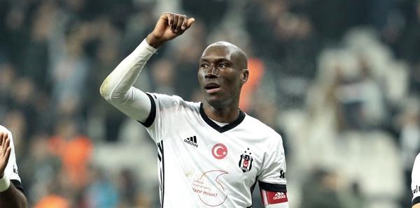Beşiktaş'la sözleşme yenilemeyeceği konuşulan Atiba Hutchinson! 5 koca yıl, 2 kupa, 3 çocuk 1