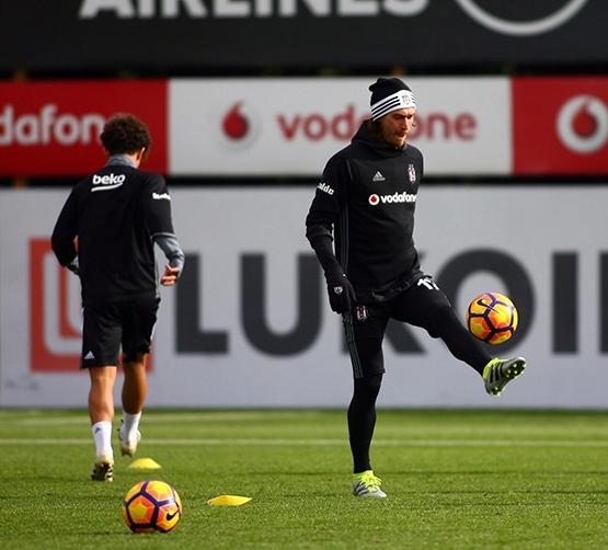 Beşiktaş'ın bugünkü antrenmanından kareler 3
