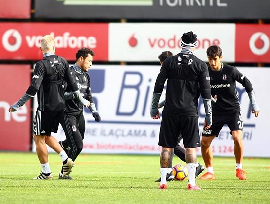 Beşiktaş'ın bugünkü antrenmanından kareler 6