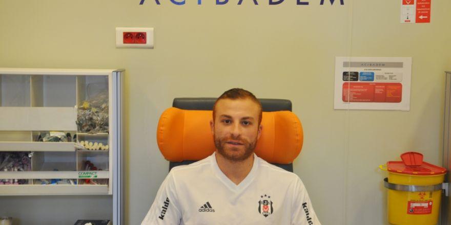 Beşiktaşlı futbolcular sağlık kontrolünden geçti!