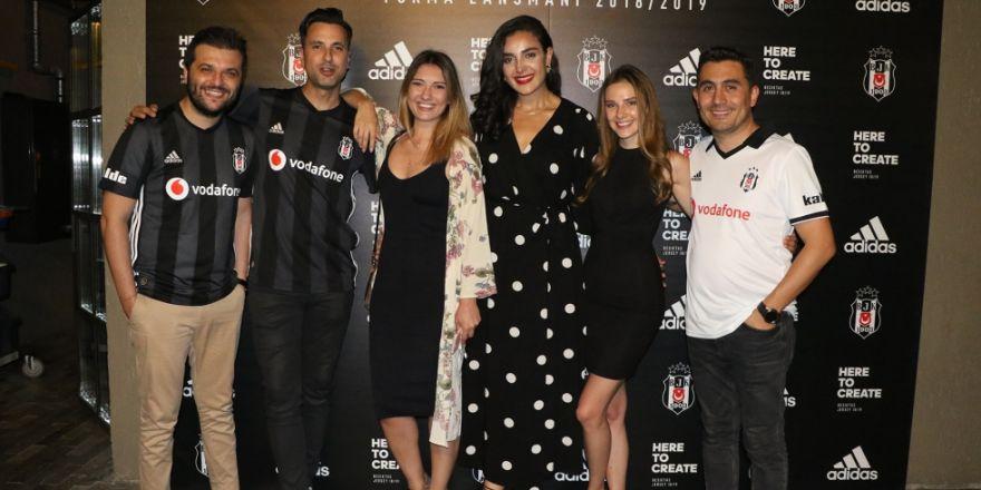 Beşiktaş'ın forma lansmanından kareler