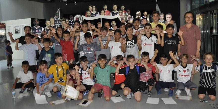 Geleceğin KaraKartalları Beşiktaş JK Müzesini ziyaret etti