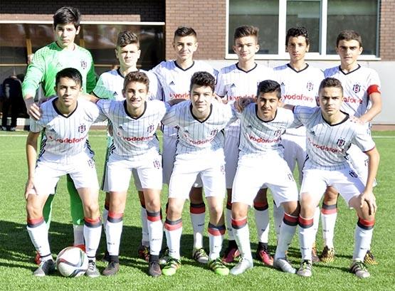 Beşiktaş ile M.Başakşehir berabere kaldı (U-14) 3