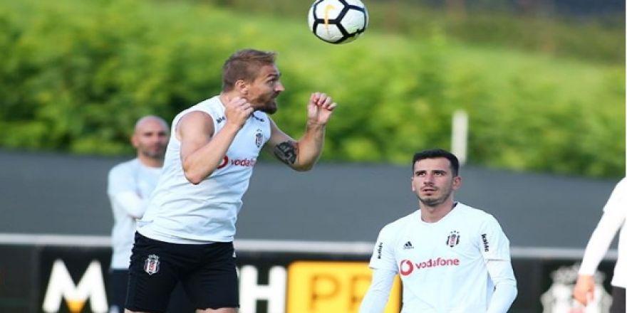 Beşiktaş yeni sezon hazırlıklarını sürdürüyor! İşte akşam antrenmanından kareler