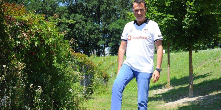 Beşiktaş Başkanı Fikret Orman, sahaya indi