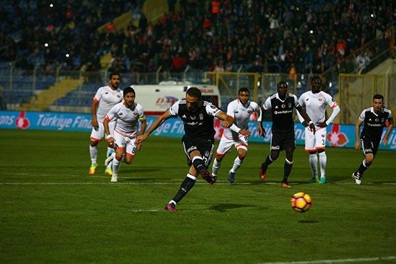 Adanaspor-Beşiktaş maçından kareler 1