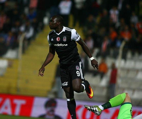 Adanaspor-Beşiktaş maçından kareler 24