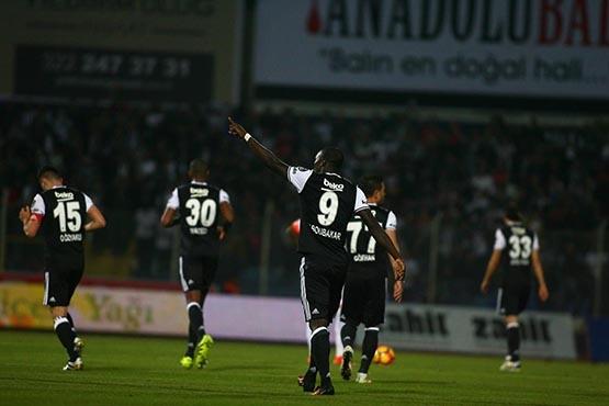 Adanaspor-Beşiktaş maçından kareler 25