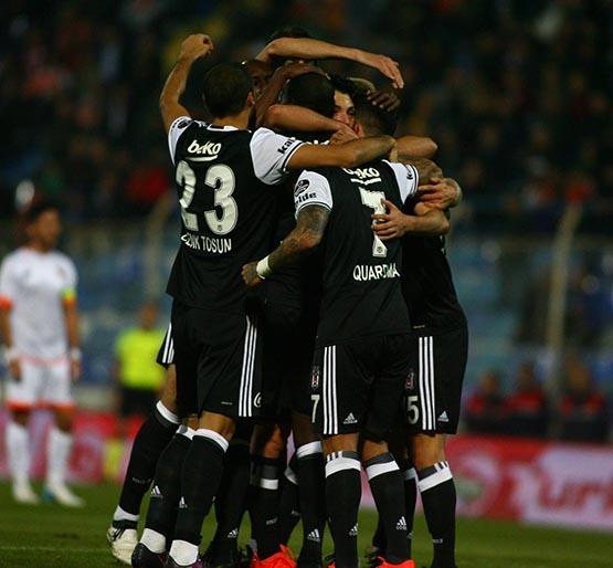 Adanaspor-Beşiktaş maçından kareler 27