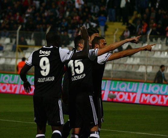 Adanaspor-Beşiktaş maçından kareler 31