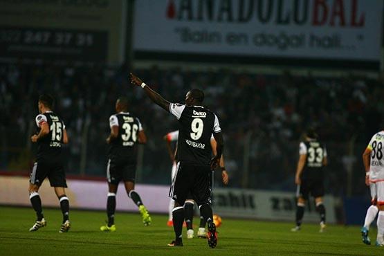 Adanaspor-Beşiktaş maçından kareler 36