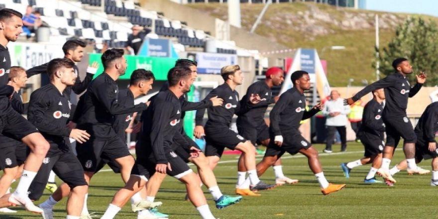Beşiktaş, Torshavn maçı hazırlıklarını tamamladı! İşte antrenmandan kareler