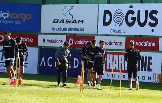 Beşiktaş'ta Benfica maçı hazırlıkları başladı 10