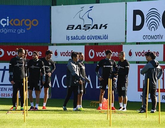 Beşiktaş'ta Benfica maçı hazırlıkları başladı 13