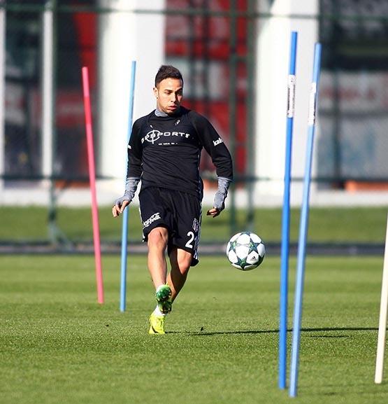 Beşiktaş'ta Benfica maçı hazırlıkları başladı 14