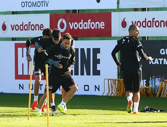Beşiktaş'ta Benfica maçı hazırlıkları başladı 7