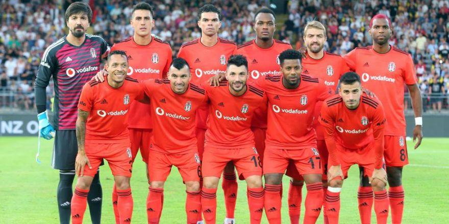 İşte LASK Linz - Beşiktaş mücadelesinin ilk yarısından kareler