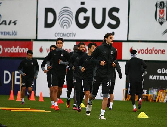 Beşiktaş'ın son antrenmanından kareler 17