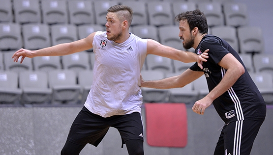 Beşiktaş'ta Szolnoki Olaj maçı hazırlıkları başladı 7
