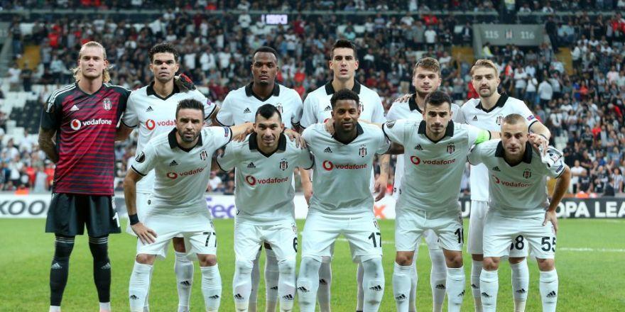 Beşiktaş - Sarpsborg maçından kareler