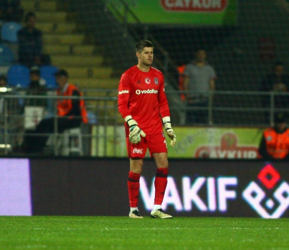 Beşiktaş'ın yabancı kalecileri: Karius 15. isim 14